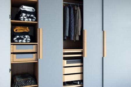 kleiderschr nke nach ma ma anfertigungen bei mycs. Black Bedroom Furniture Sets. Home Design Ideas